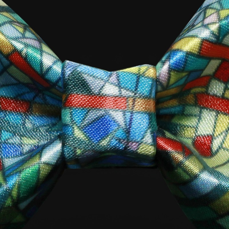 High Quality 2020 New Arrival Men Bow Tie Casual Plaid Bowties Butterfly Cartoon Colorful Bow Ties for Men Necktie Gift Box