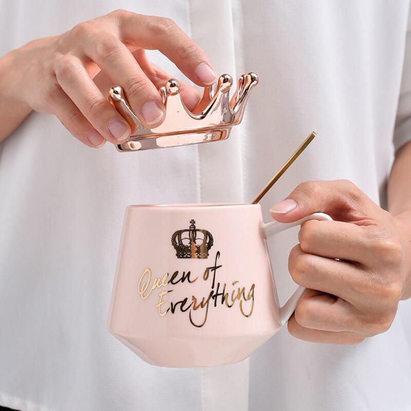 الإبداعية تاج السيراميك القدح لطيف القهوة القدح كوب حليب مع ملعقة الأغطية القهوة فنجان شاي 300 مللي سعة أكواب المياه X-Mas هدية
