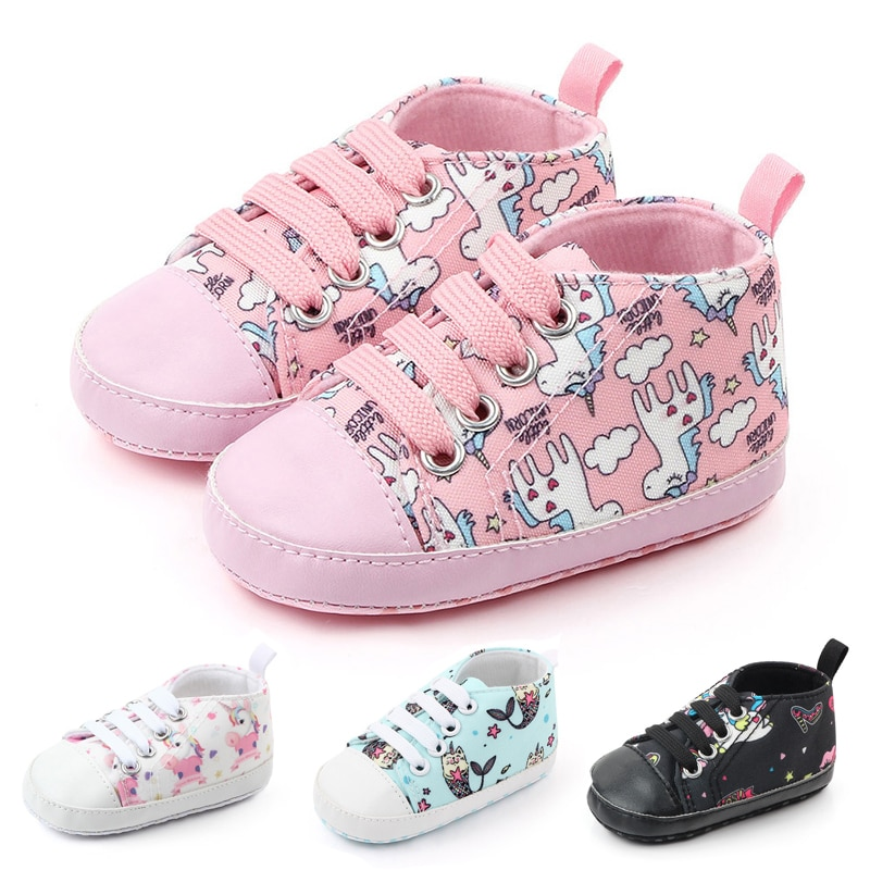 Chaussures pour bébés antidérapantes à semelles souples, chaussures pour nouveau-nés et garçons, chaussures pour les premiers pas de dessin animé