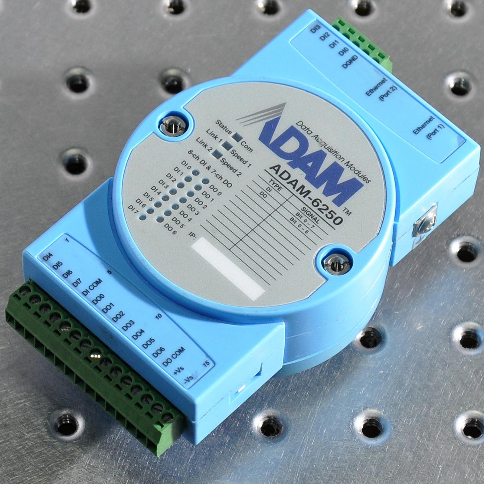 ADVANTECH ADAM-6250 5-port unmanaged industrial Ethernet switch