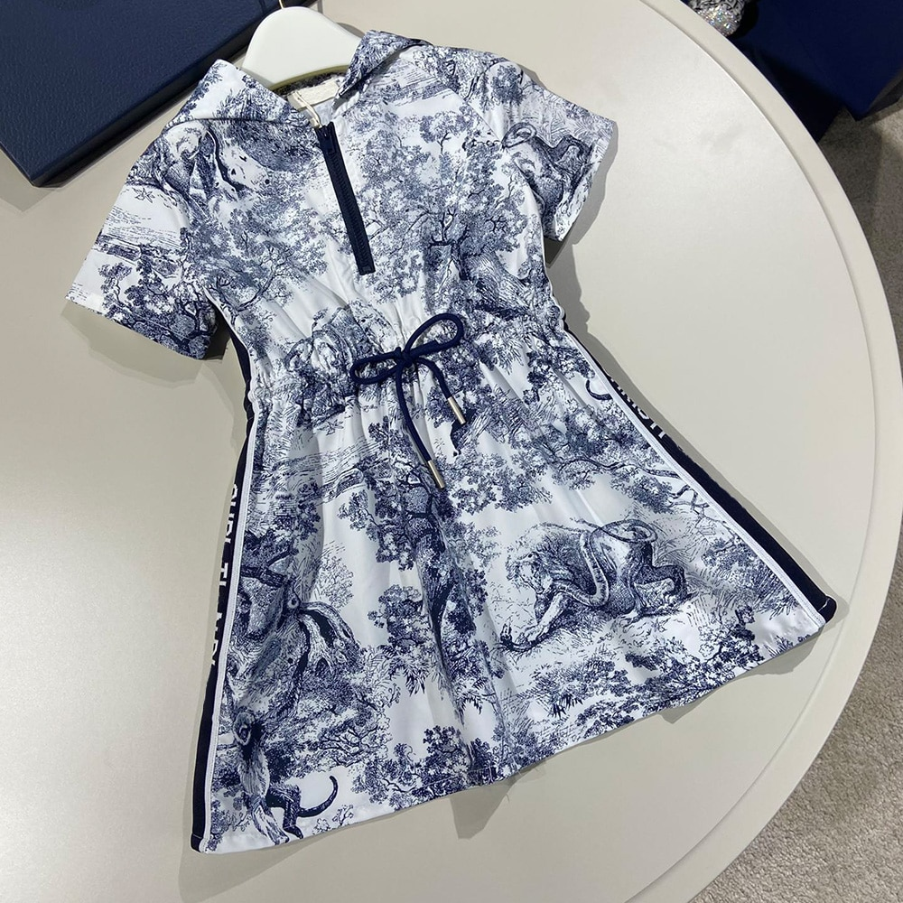فستان بناتي عالي الجودة خفيف سترة واقية 2021 فستان صيفي جديد للأطفال نمط الغابات الكلاسيكية تنورة الفتاة تنوعا غير رسمية