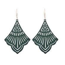 Exquisite Silhouette Fan-shaped Hollow Wood Earrings Handmade Chic Geometric Dangle Earrings for Women Bohemian Jewelry Gift