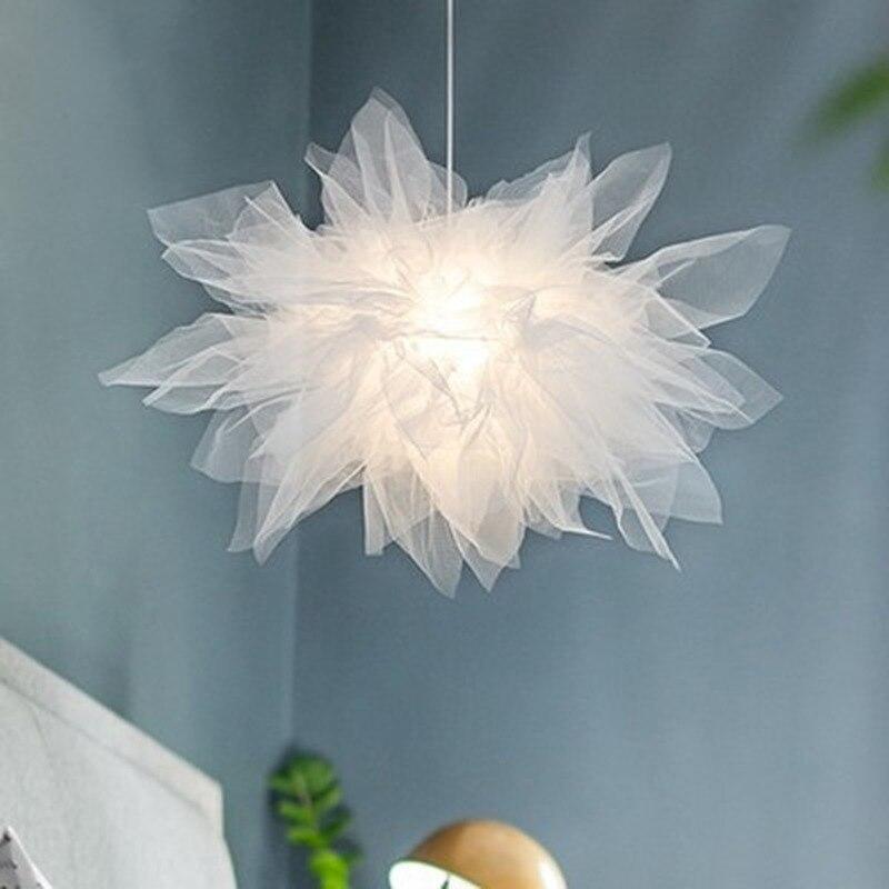 الزفاف الديكور الفوال الدانتيل الأبيض قلادة مصباح الإبداعية الفن مصمم عالية السقف مصباح معلق فتاة امرأة إضاءة غرفة النوم