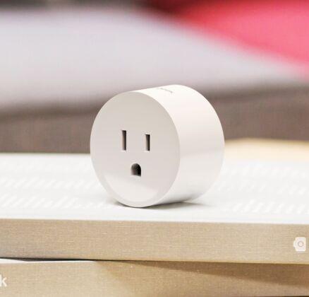 Koogeek Wi-Fi habilitado enchufe inteligente Compatible mejor puerto USB adaptador/cargador de pared AC120V estándar para Alexa nos & Canadá sólo