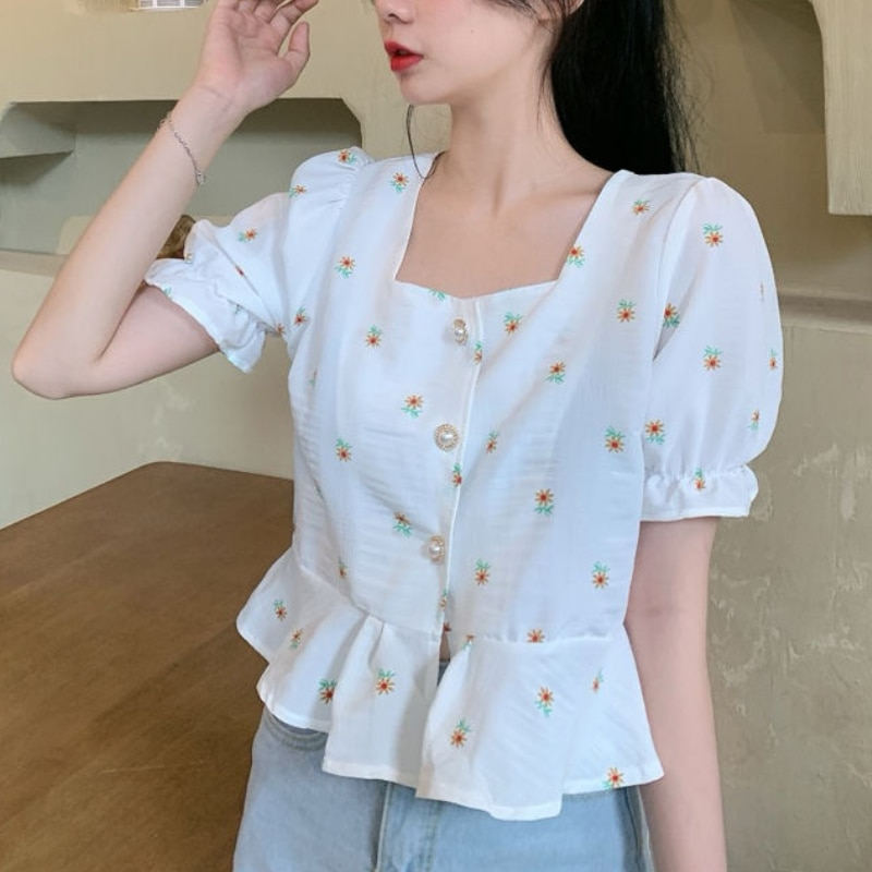 2021 Summer Chiffon Floral Shirt Women Square Collar Designer Sweet French Short Tops Casual Vintage Puff Sleeve Party Clothing