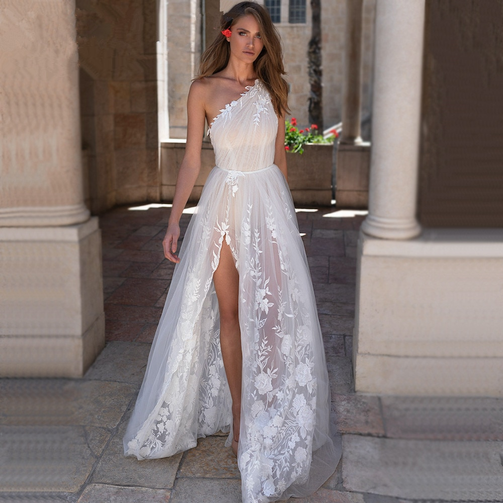 Review Illusion Wedding Dress 2021 Custom One Shoulder Slit Lace Tulle Bridal Gowns Floor Length Open Leg Backless Sexy Transparent