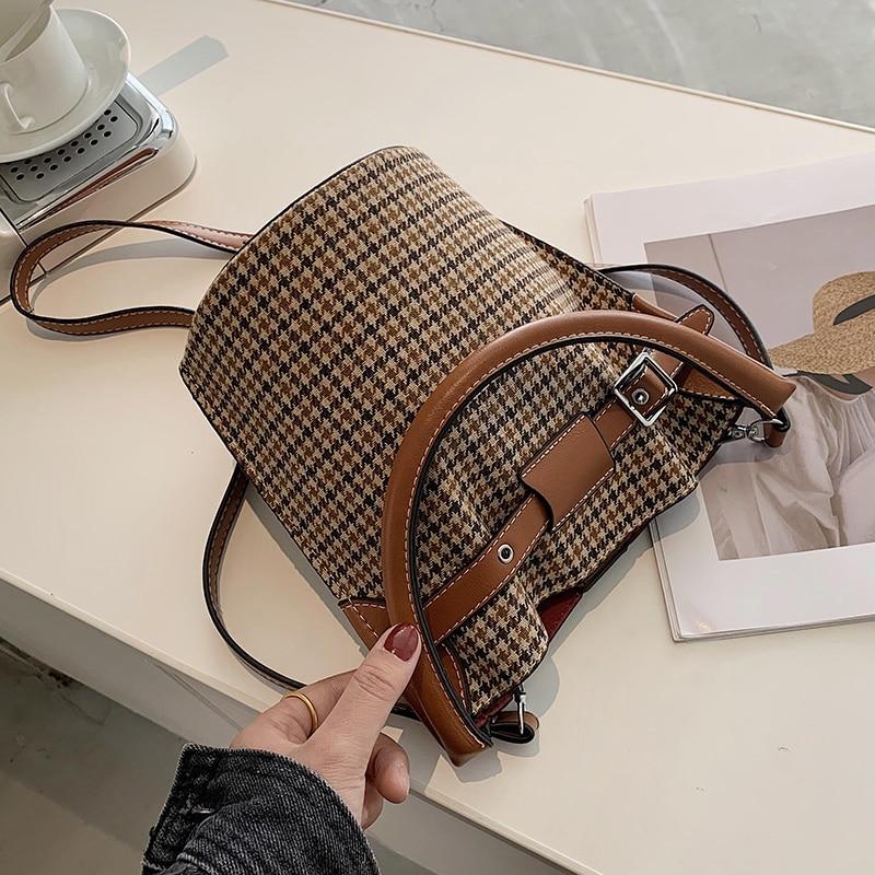 с доставкой PU Leather Crossbody Bags for Women 2020 Branded Trend Women's Trending Fold Designer Handbags Simple Style Hand Bag
