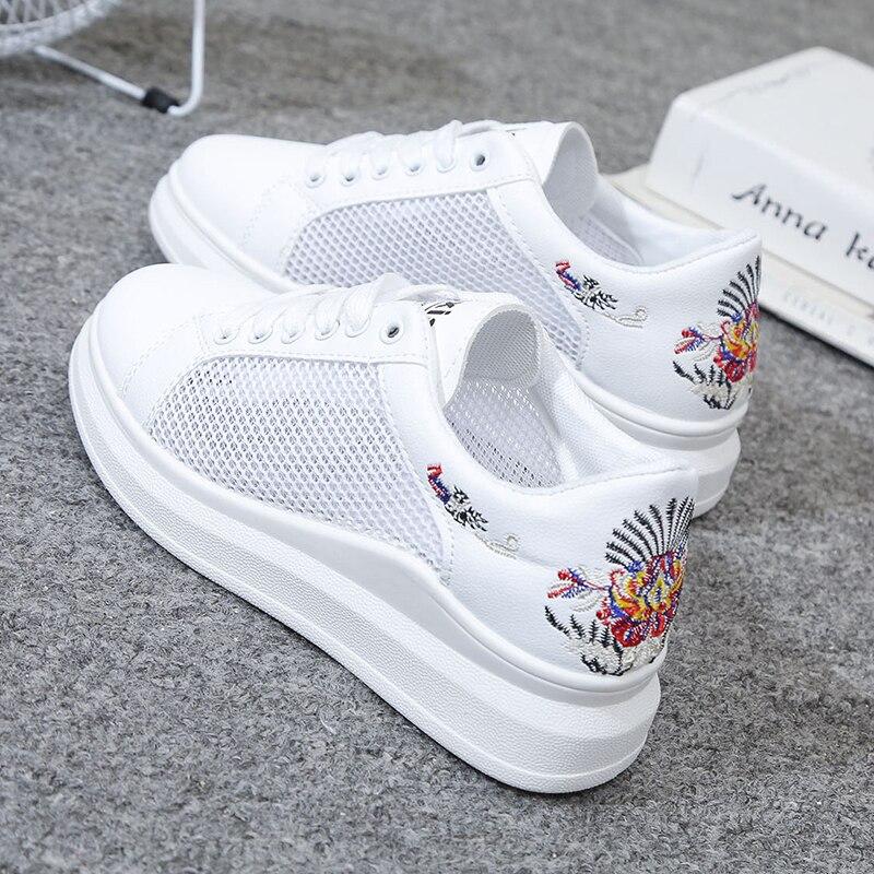 Women Tennis Shoes 2020 Female Gym platform Sport Shoes Stability Breathable Mesh Light Trainers Women light soft Tennis Shoes