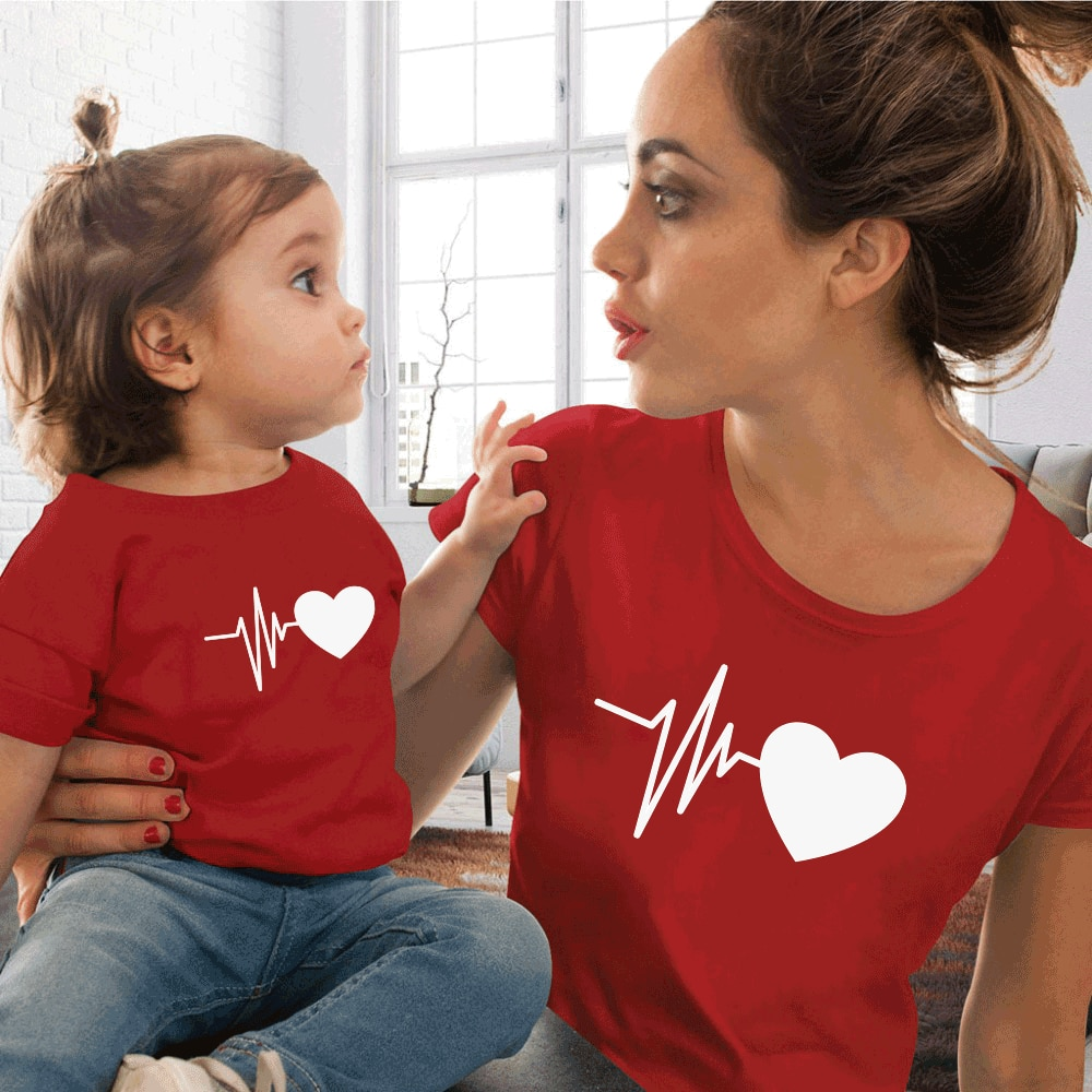 Cute Family Look Matching Clothes Mommy And Me Tshirt Mother Daughter Son Outfits Women T-shirt mom and me clothes