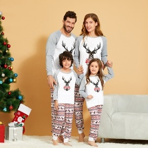 2020 New Christmas Family Matching Long Sleeve Pajamas Set Father Mother Kids  Baby Romper Clothes Elk Print Pajamas Set