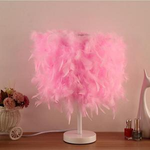 Creative Simple European Bedroom Bedside Hotel Boutique Home Button Dimming Led White Light Pole Feather Table Lamp