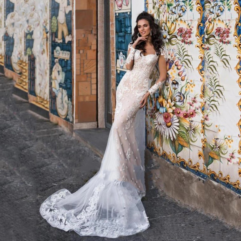 Get Wedding dress Mermaid wedding dress long sleeve v-neck luxury retro bridal dresses embroidery applique buttons lace tailing
