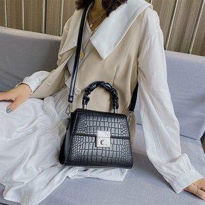 New Stone Leather Handbags Women Shoulder Crossbody Bags 2021 Fashion Luxury Designer Ladies Messenger Bags Female Purses