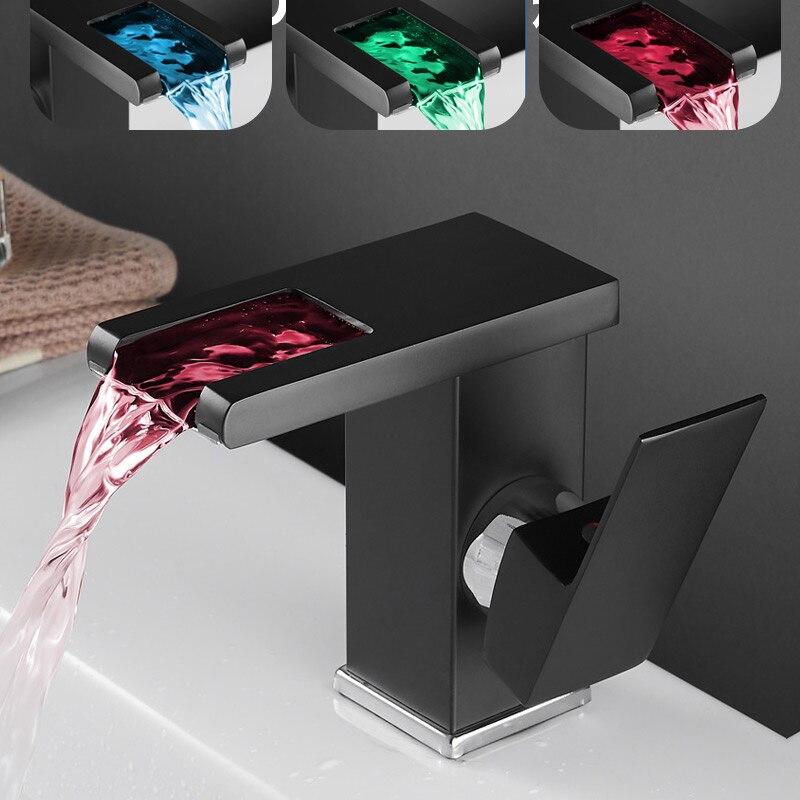 الإبداع جديد LED حوض صنبور شلال درجة الحرارة 3 ألوان تغيير الحمام صنبور حوض خلاط سطح الخيالة غسل بالوعة الصنابير اكسسوارات