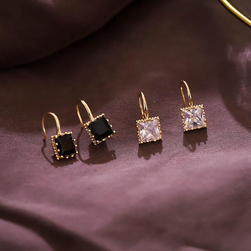 Nuevos pendientes clásicos de tuerca acrílicos cuadrados para mujer nuevos pendientes simples en blanco y negro joyería de moda accesorios para mujer