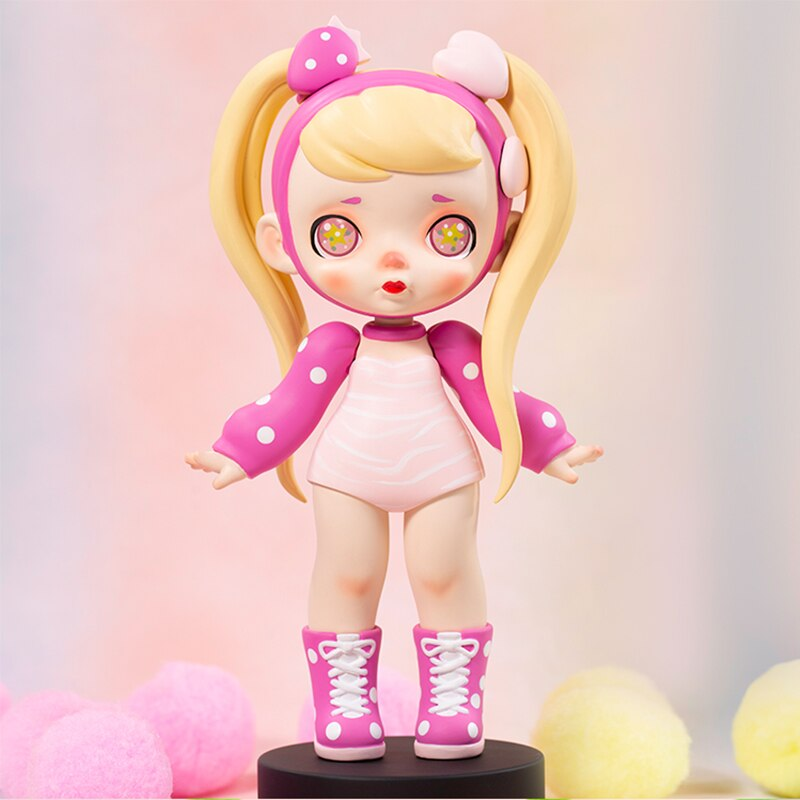 Toys Figure Original Laura Peach Smoked Stareyed Girl Kawaii Anime Model PVC Dolls 18cm
