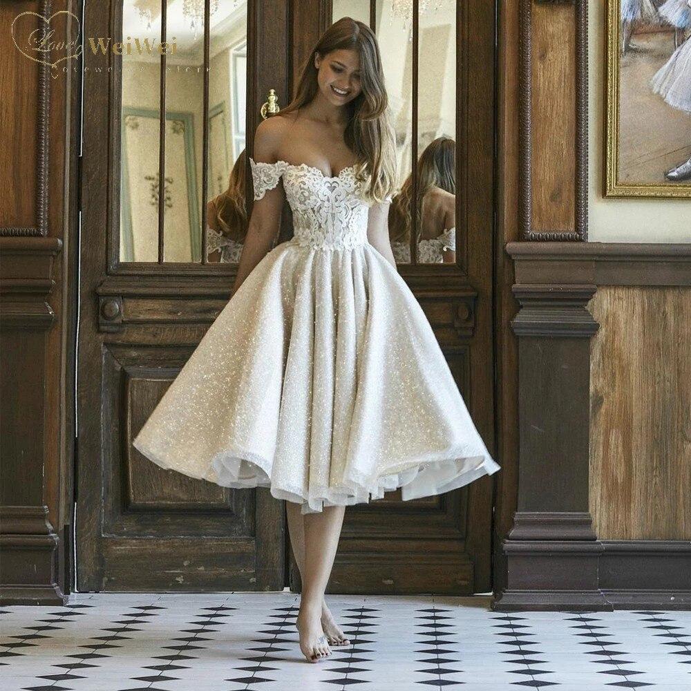 Get Elegant Short Wedding Dress A-Line Sweetheart Neck Off The Shoulder SleevelessTea Length Backless AppliqueVestidos De Novia