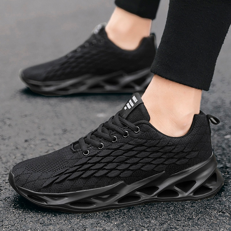 Classic mens sports shoes mesh breathable, casual new jogging light and comfortable fashion