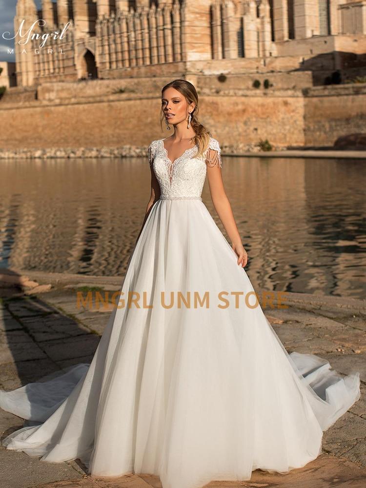 MNGRL بسيط ريترو الخامس الرقبة أكمام فساتين زفاف الدانتيل الأبيض ثلاثية الأبعاد فستان الزفاف زهرة عارية الذراعين ذيل رقيق تنورة
