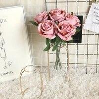 Roses artificielles decoratives blanches  fausses fleurs  longue tige  pour une fete de mariage  pour decorer la maison