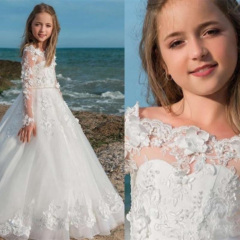 Off Shoulder Vintage Flower Girl Dresses Lace Appliques Floor Length Long Sleeve Girl Dress White Flower Girl Pageant Gowns