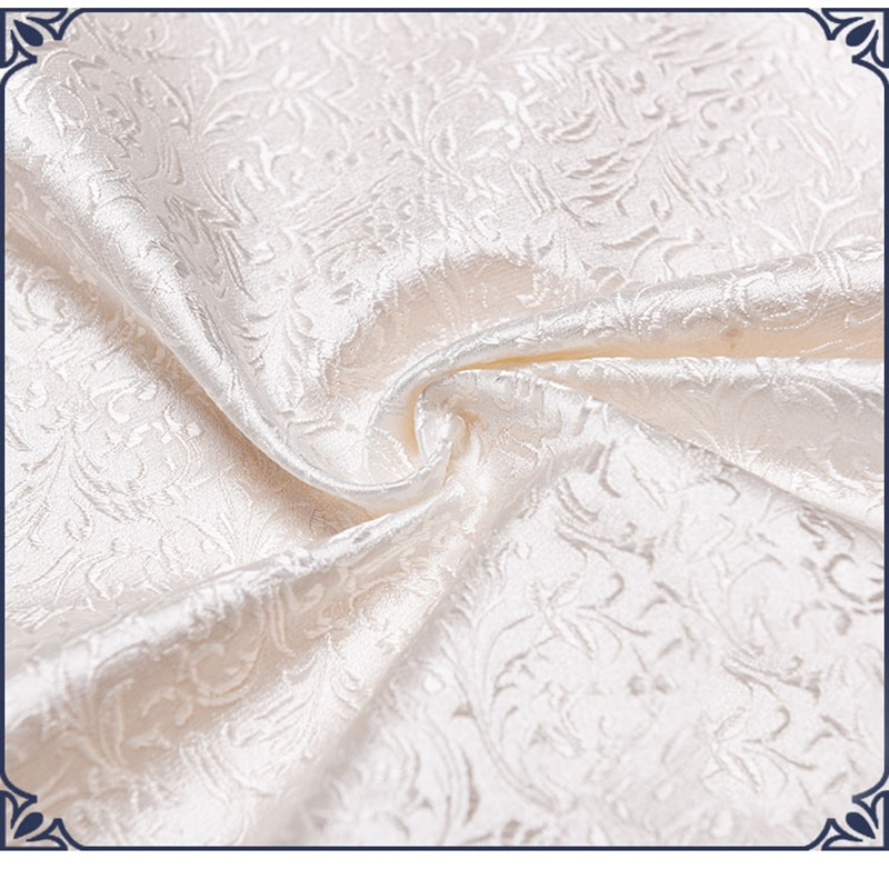 75X50 Cm Witte Bloemen Stijl Damast Zijde Satijn Brokaat Jacquard Stof Kostuum Bekleding Meubilair Gordijn Kleding Materiaal