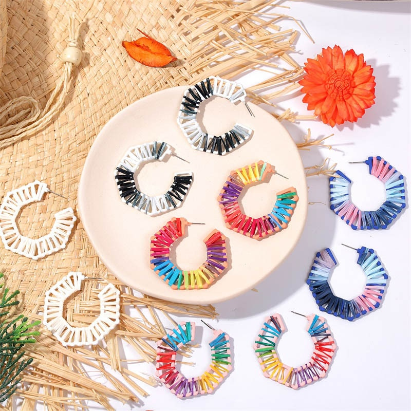 5 Color Rainbow Ráfia de Palha de Vime Handmade Brinco Do Parafuso Prisioneiro para As Mulheres de Casamento Multi Cor Franjas Borla moda jóias para as mulheres