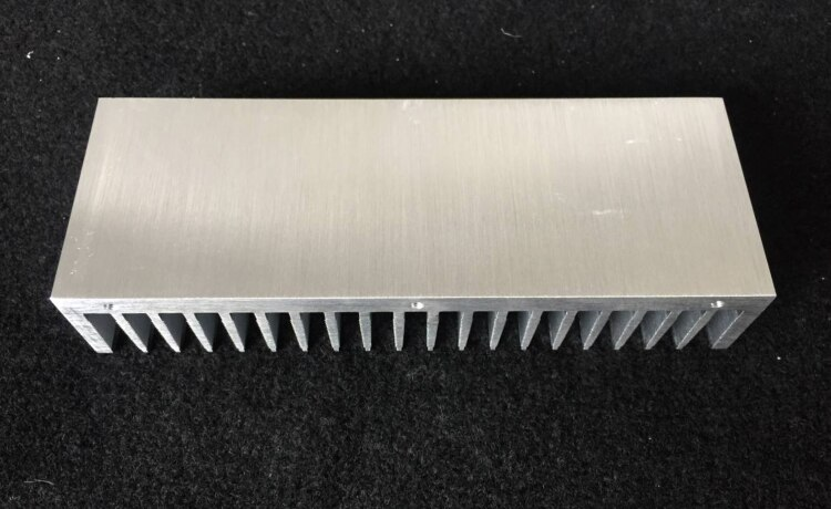 1PCS silver amplifier chassis radiator full aluminum heatsink 200X72X40mm