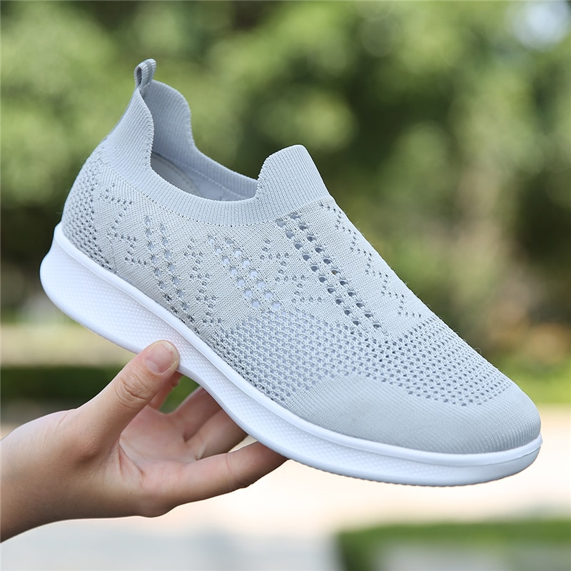 Sneakers Women Walking Shoes Woman Lightweight Loafers Tennis Casual Ladies Fashion Slip on Sock Vulcanized Shoes Breathable New
