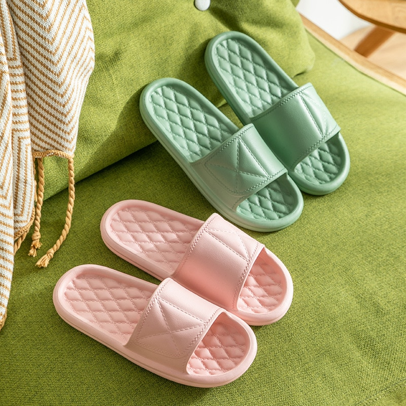 2021 New Women Summer Slippers Thick Bottom Indoor Home Slides House Bathroom Non-Slip Soft Massage Sole Cool Slippers