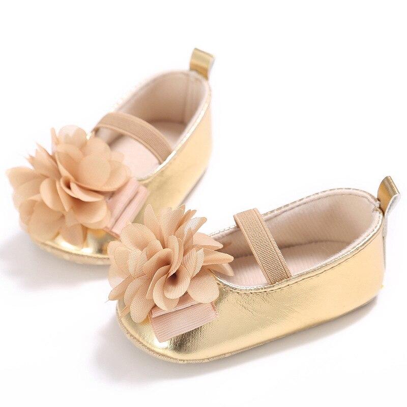 Bebé Sandel primavera y otoño verano niñas Bebé Zapatos Fondo suave serie de princesa Bebé Zapatos de apoyo al por mayor