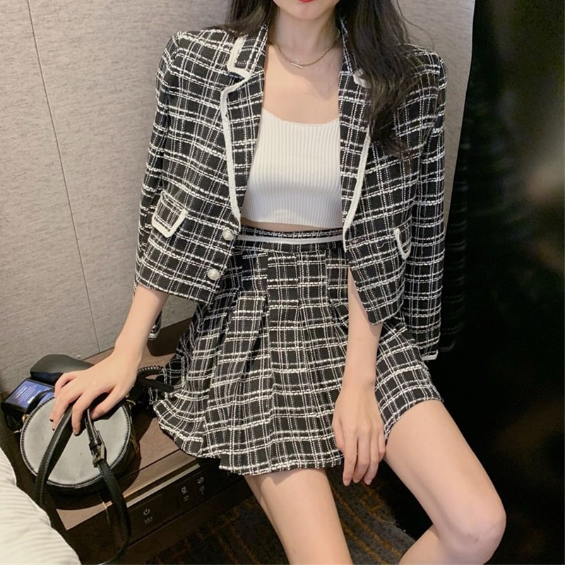 Fried street suit pleated skirt suit female 2021 spring new Korean style Western style two-piece fashion temperament
