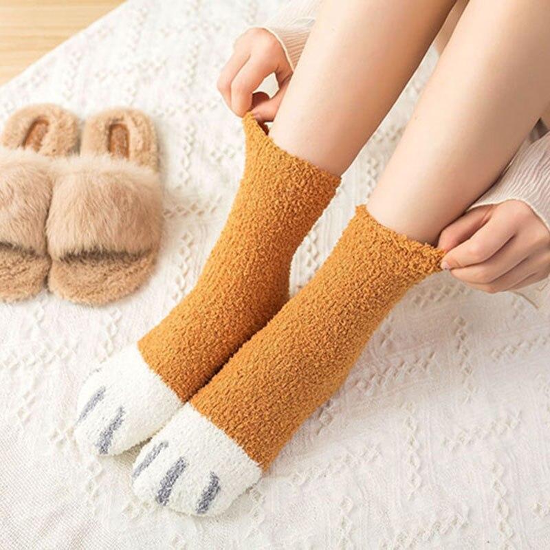 1 par de pies de gato de vellón suave sobre el tobillo calcetines calientes mujeres invierno engrosamiento calcetines lindos hogar Feetwear calcetín de sueño Navidad