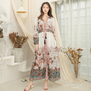Make the European and American wind accept waist dress qiu dong printing v-neck dress speed sell through foreign trade long slee