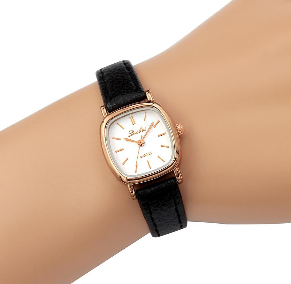 Minimal Simple Quartz Watches for Women 2021 Latest Leather Wristwatch Ladies Watch Montre Femme Rel