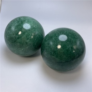 Hot sale 70-80mm energy globe Natural green strawberry quartz ball reiki healing crystals sphere for home decoration
