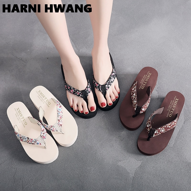 2021 Hot sale floral ladies flip flops high quality solid color fashion rubber slippers open toe sandals brand