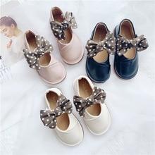 Chaussures en cuir pour bébé fille automne   Jolies chaussures coréennes pour bébés à nœud papillon en polyuréthane, bâton magique de vache souple, chaussures de danse pour filles
