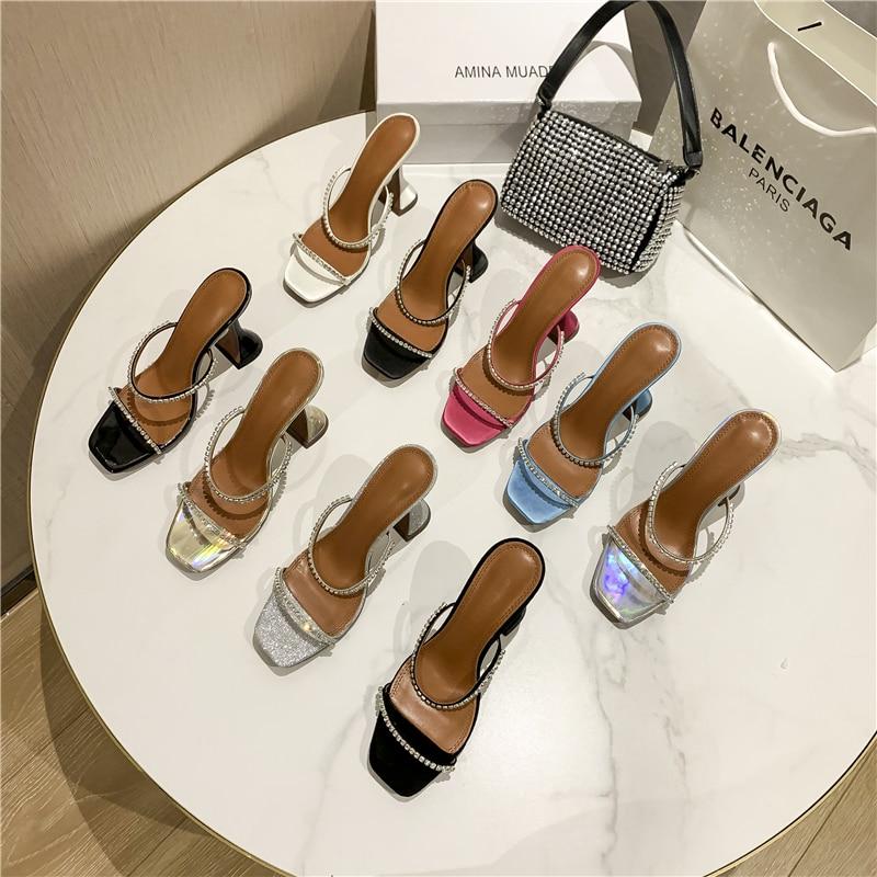 2021 الأوروبية والأمريكية المرأة صنادل عالية الكعب الماس الديكور مأدبة الأحذية