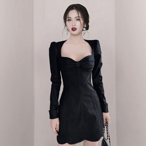 Spring and summer temperament was thin retro dress female puff sleeve scheming design little black dress  office party for women