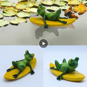 Floating Frog Decoration Figurines Resin Crafts Decorative Ornaments Animal Statue Figure for Home Garden Pool Pond Christmas