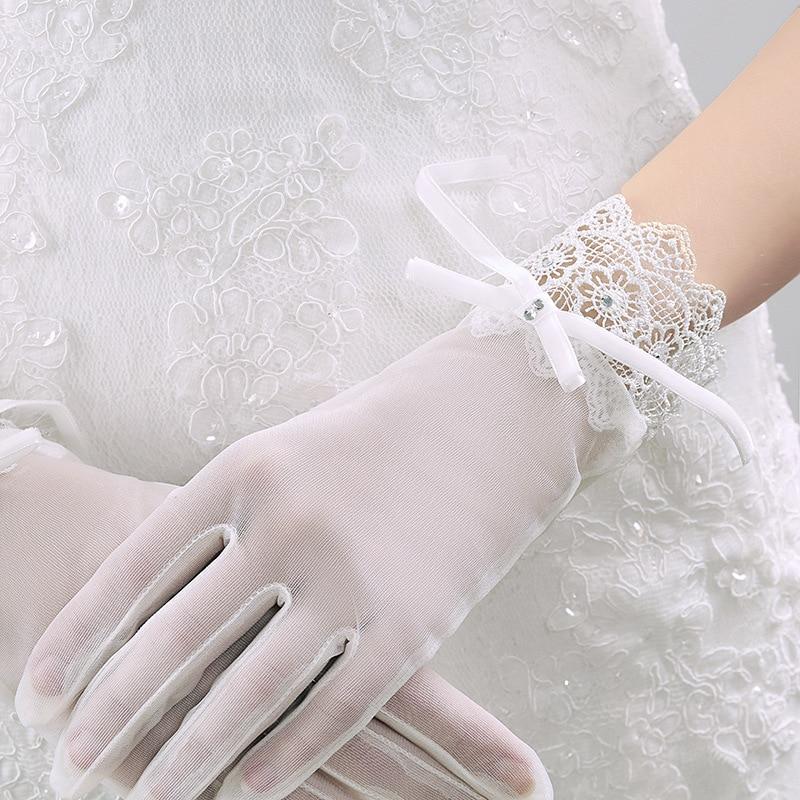 Elegant Women Wedding Gloves for Bride Lace Appliqued Short Gloves with Bow