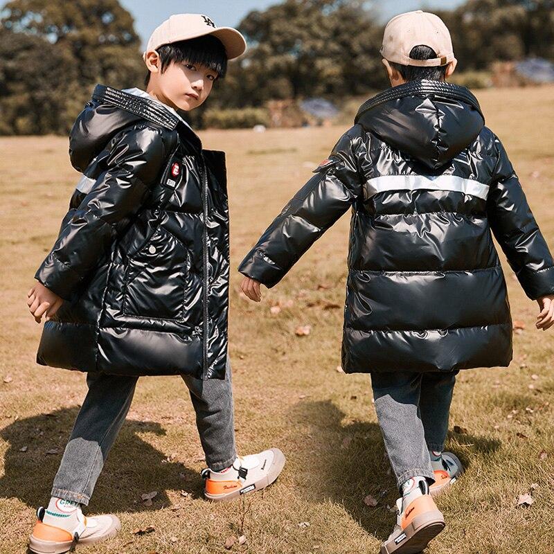 روسيا الشتاء الأطفال أسفل سترة تصميم ماركة الموضة لامعة الاطفال مقنعين أسفل معطف للأولاد في سن المراهقة 5 7 9 11 13 15 سنوات أبلى