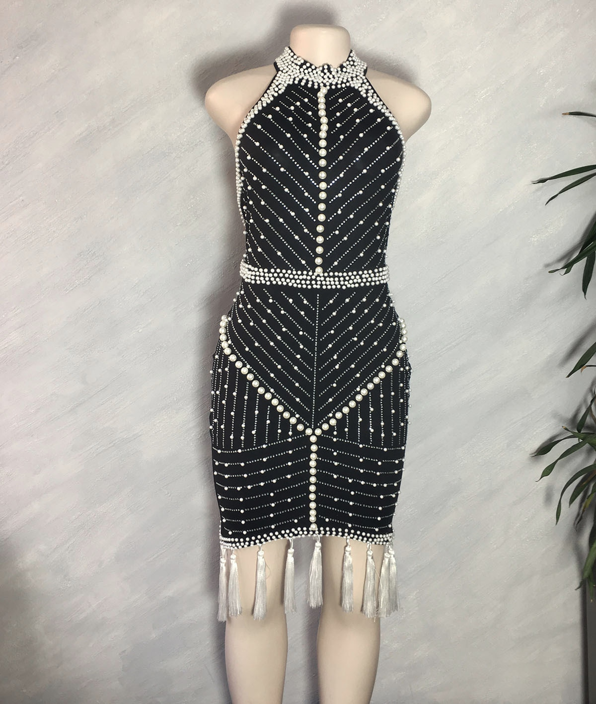 High Quality White Black Tassel Beading Sexy Rayon Bandage Party Dress Pearls Midi Runway Celebrity Evening Club Dress Vestido