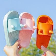 Pantoufles dété en PVC pour enfants, couleur bonbon pour garçons et filles, pantoufles avec animaux mignons, modèle de dessin animé, 2020