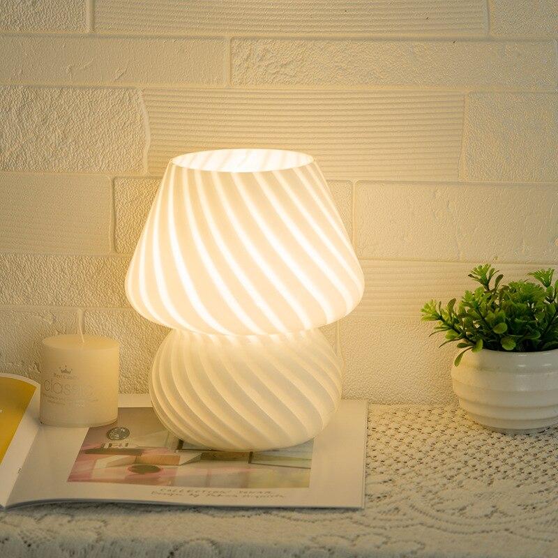 كوريا Ins أضواء ليلية زجاج مورانو مخطط الفطر ليلة مصباح للطفل غرفة السرير دراسة ديكور غرفة نوم أضواء جو LED