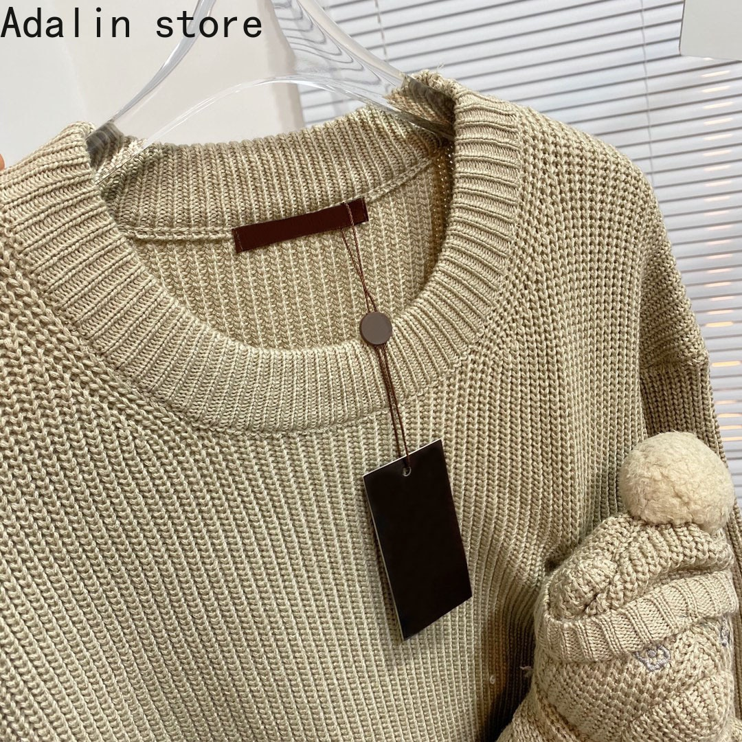 2021 luxury design autumn and winter new fashion women cute doll round neck long sleeve sweater Pullover short sweater enlarge
