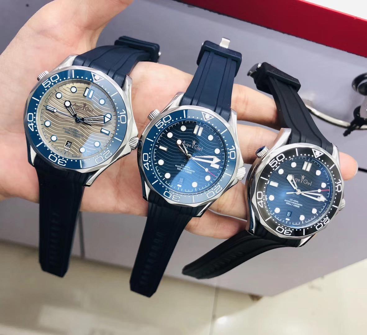 Reloj mecánico automático gris clásico nuevo para hombres, caucho negro azul, James Bond 007, cristal de zafiro de cerámica transparente en la parte trasera