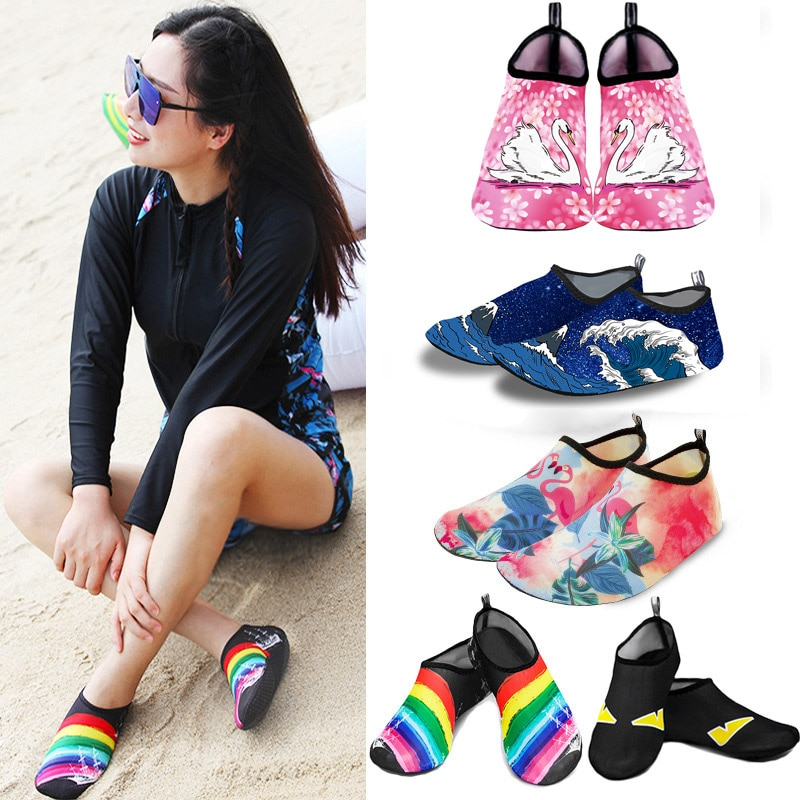 Water Shoes Men Women Swimming Socks Printing Color Summer Aqua Beach Sneakers Seaside Sneaker Socks Slippers for Men Women