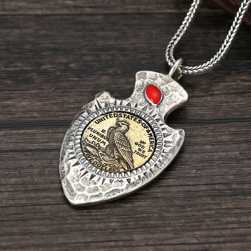 Venta al por mayor S925 plata esterlina etiqueta tailandesa joyería de plata para hombres y mujeres personalidad India jefe Retro tótem Thunderbird colgante